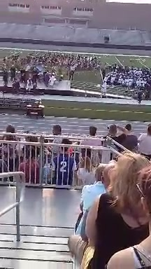 Another quick shot of Meriah Shoemaker 2019 graduation gonna be a long one